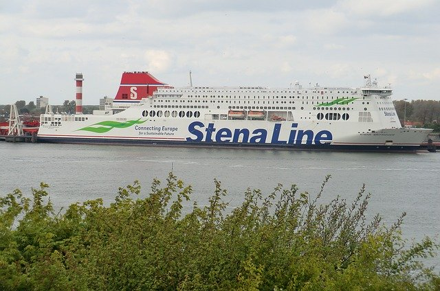 Boot of Ferry naar Londen